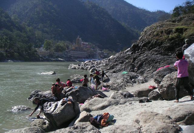 washing-at-the-river